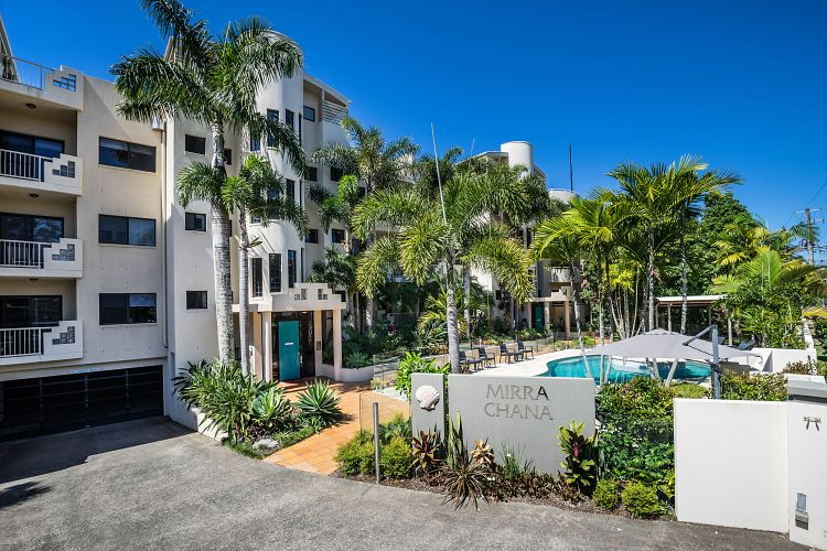 Mooloolaba's resort industry welcomes new family to the fold